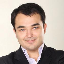 Дамир Халилов – автор книги «Маркетинг в социальных сетях»