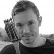 Бен Хатке – автор книги «Малыш Робот»